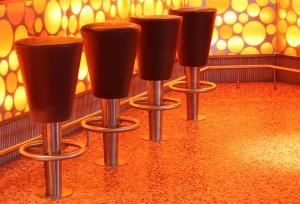 Une assise sans dossier, le tabouret de bar